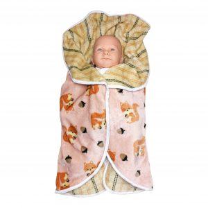 couverture emmaillotage écureuil rose